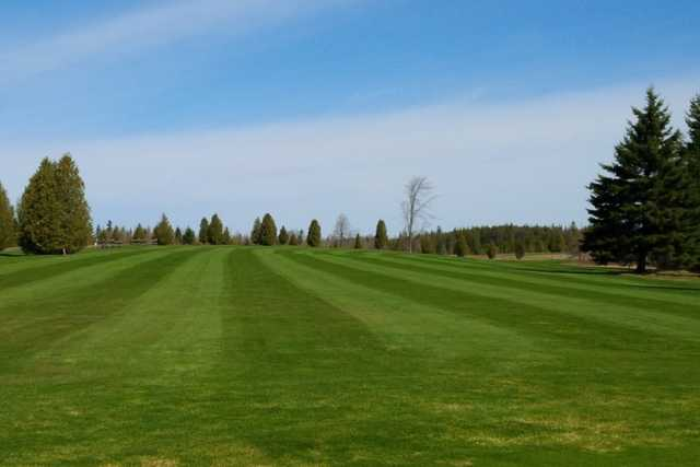 A view of a fairway at Dunadel Golf Association