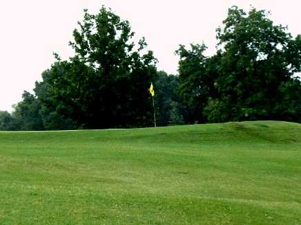 A view of a green at House Springs Golf Course (GolfDigest)