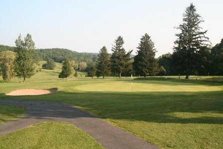 A view of a green at Monroeton Golf Club (GolfDigest)