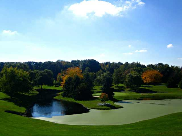 A fall view from Peninsula Lakes Golf Club