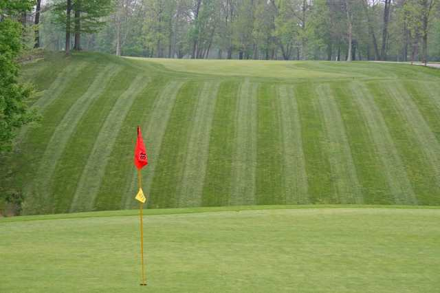 A view of the 18th green at Hickory Woods Golf Course