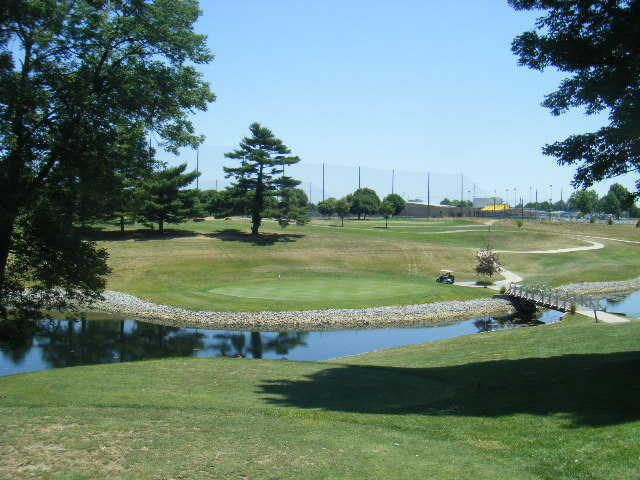A view of green #15 at World of Golf
