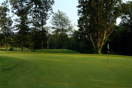 A view of a green at Highfields Golf & Country Club