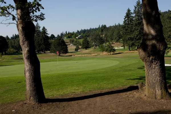 A view of the 1st hole at Laurelwood Golf Course
