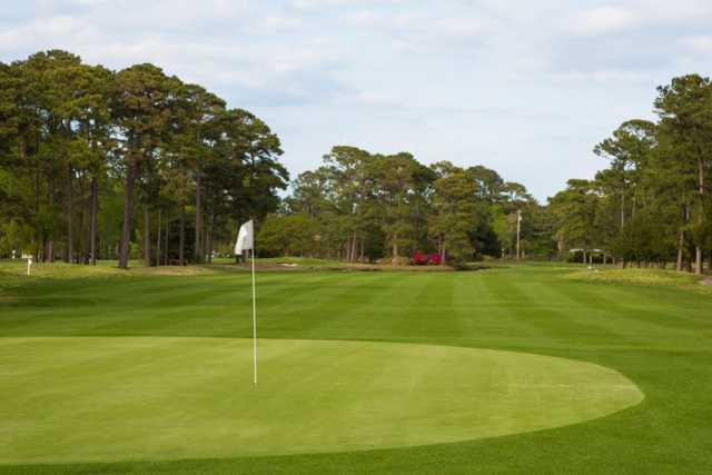 A view of a hole at Beachwood Golf Club