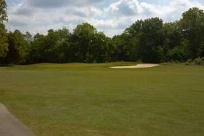 A view from Riverview Golf Course (GolfDigest)
