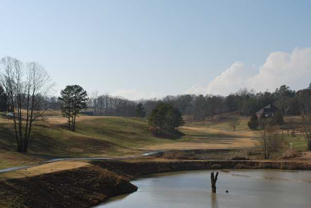 A view over the water from Executive Meadows Golf Course (Loopnet)
