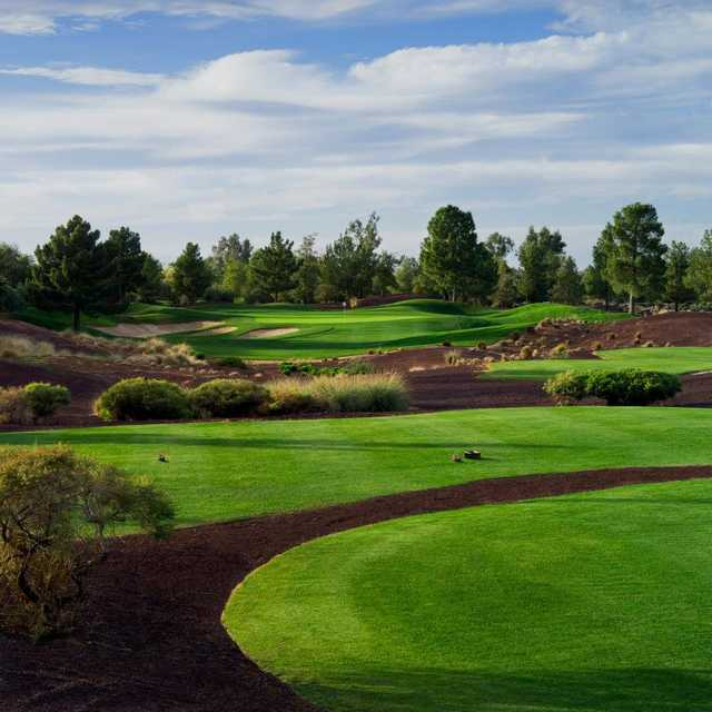 A view of hole #11 at Raven Golf Club - Phoenix (Dick Durrance)