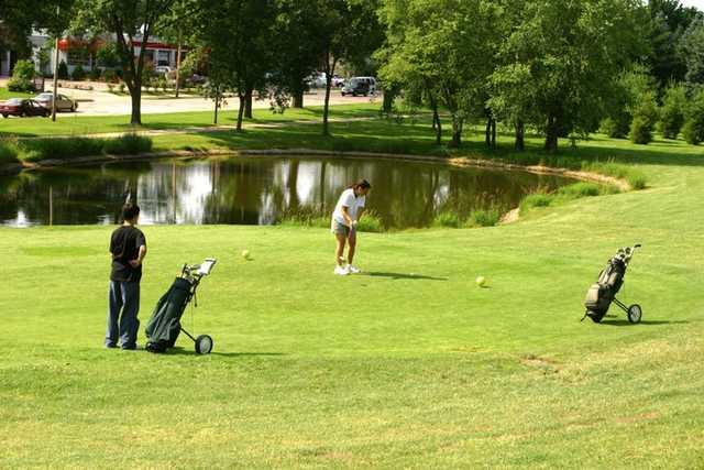 A view of a tee at Monona Golf Course