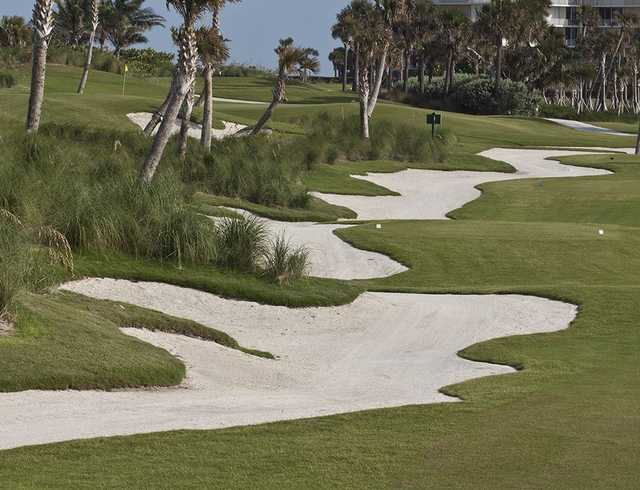 A view of a tee at Palm Beach Golf Course