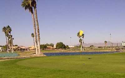 A view of a hole at Desert Hills Par-3 Golf Course (Arizonagolfer)