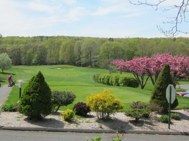 A view of a tee at Timberlin Golf Club