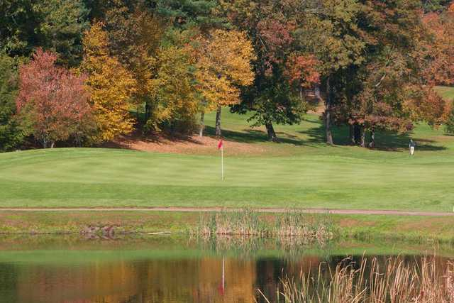 A fall view of a green at Rolling Meadows Country Club