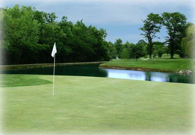 Water comes into play on Edgewood's par-3, 160yds, 17th hole