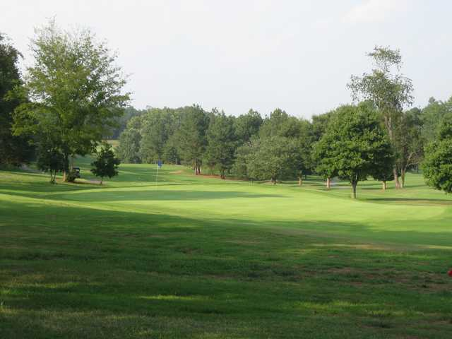 A view of the 6th green at Meadowbrook Golf Club