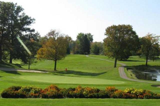 A view of a green at Valley View Golf Club
