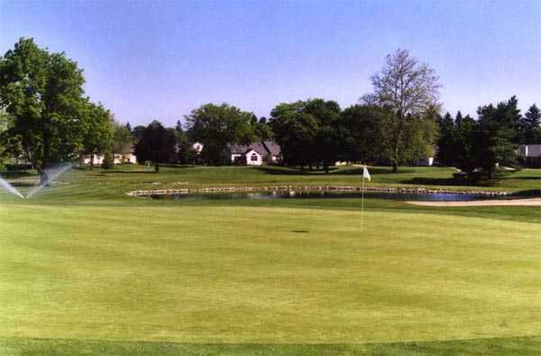 A view of a green at Ohio Prestwick Country Club