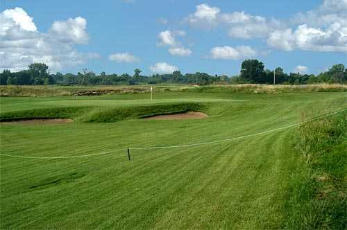 A view of hole #3 at Gateway National Golf Links
