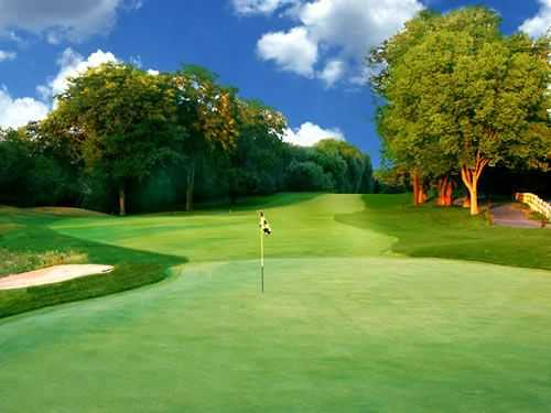 A view of a green at Old Orchard Country Club