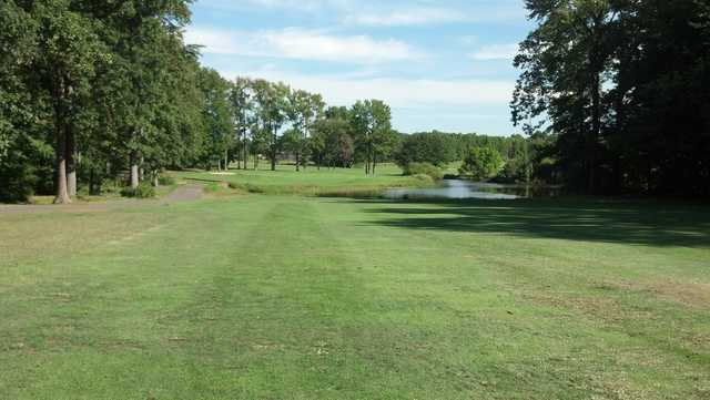 A view from West at Tamarack Golf Course (Swingbyswing)
