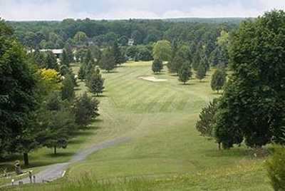 A view from a tee at Caledonia Country Club (Bestoutings)