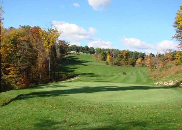 A fall view of a hole at Strawberry Ridge Golf Course