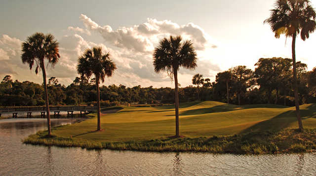 A view of the 11th green at Osprey Point at Kiawah Island Golf Resort