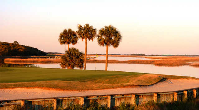 A view of the 18th hole at Oak Point at Kiawah Island Golf Resort