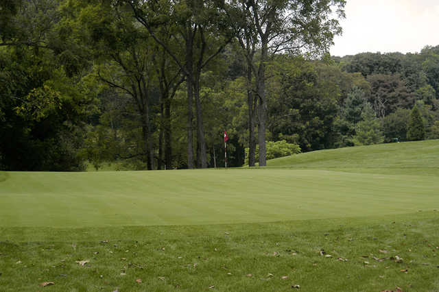 A view of a green at Oxbow Golf & Country Club
