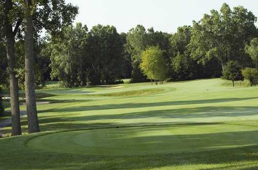 A view of tee #10 at Hawk Hollow Golf Course