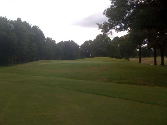 A view of a green at Memphis National Golf Club