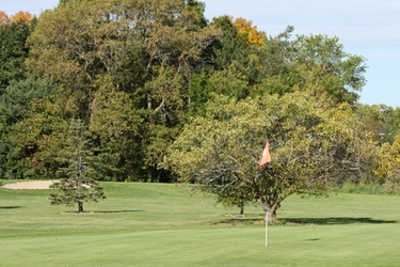 A view of a hole at Zablocki Park Golf Course (GolfDigest)
