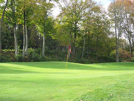A view of a green at Ash Brook Golf Club