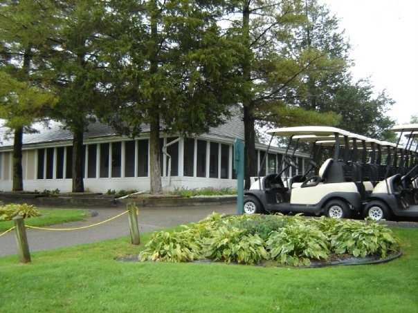 A view of the clubhouse at Rush Lake Hills