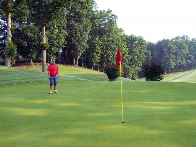 A view of a green at Dayton Golf & Country Club