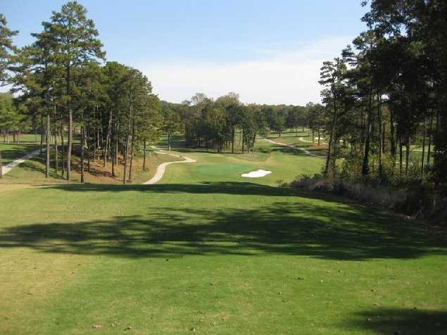 A view of hole #17 tee at Chattahoochee Golf Club