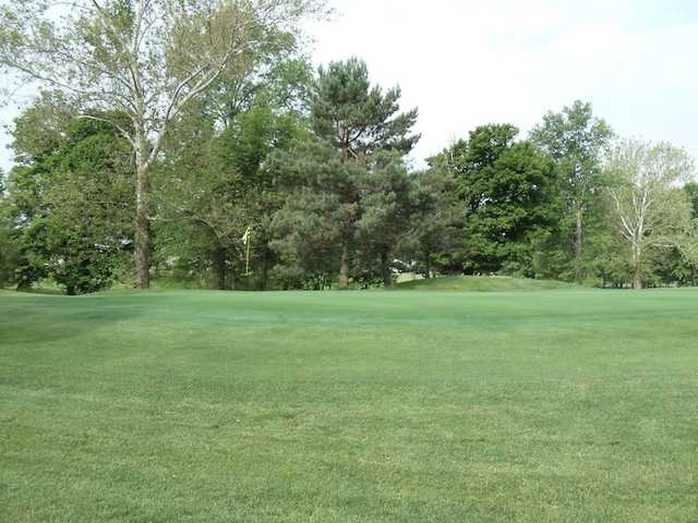 A view of green #8 at Bridge from North Branch Golf Course