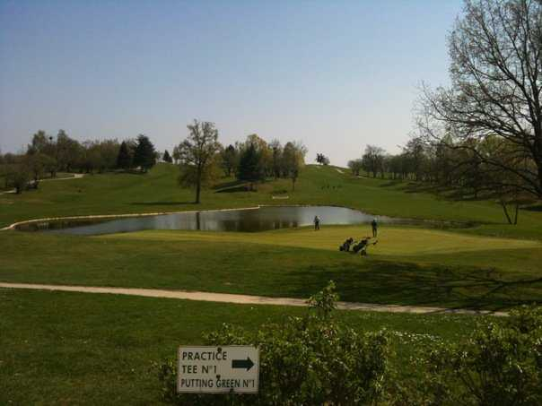 A view of a hole with water coming into play at Feucherolles Golf Club