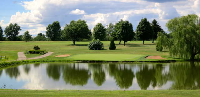 A view over the water from Lone Oak Golf Course