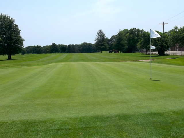 A view of green #13 at Crawfordsville Golf Course.
