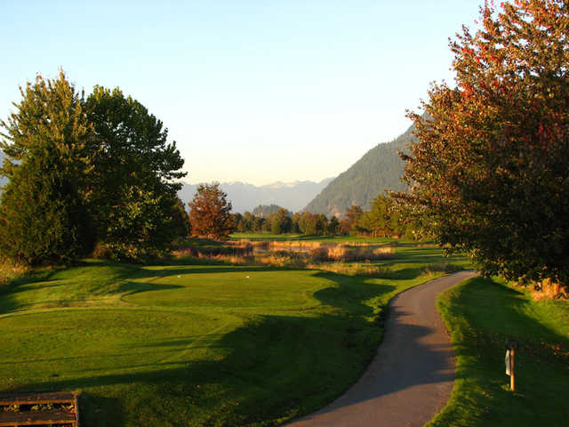 A view of a tee at Golden Eagle Golf Club