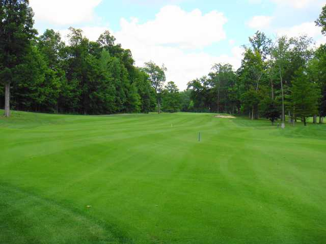 A view of fairway #16 at Wabash Valley Golf Club.