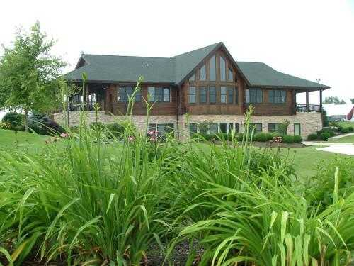 A view of the clubhouse at Indian Ridge Golf Club