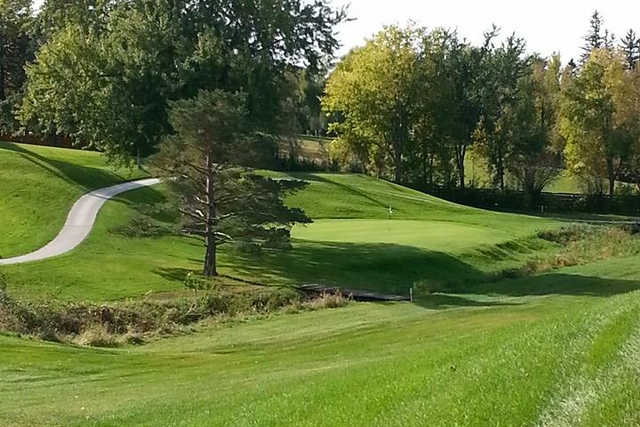 A view of the 5th green at North Valley Golf Course