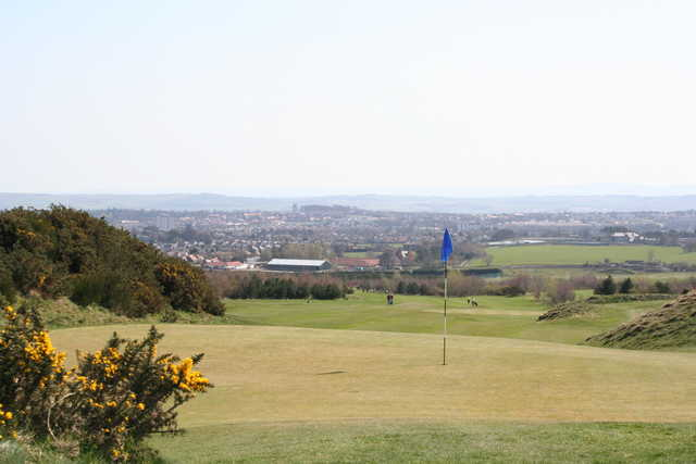 A view of a green at Wee Braids Golf Course (Edinburghleisure)