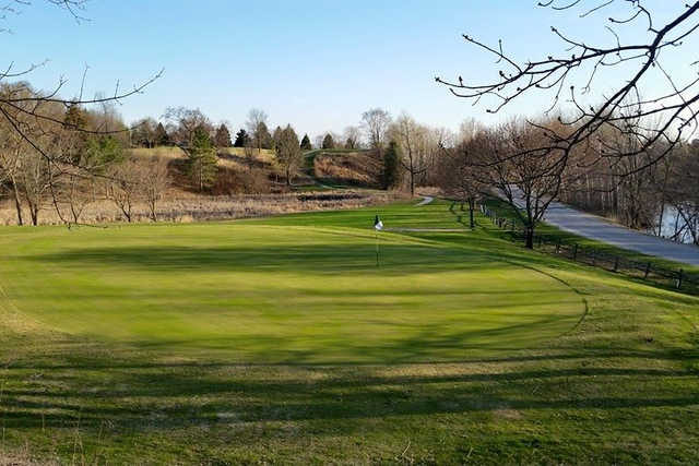 A view of a green at Auburn Bluffs Golf Club