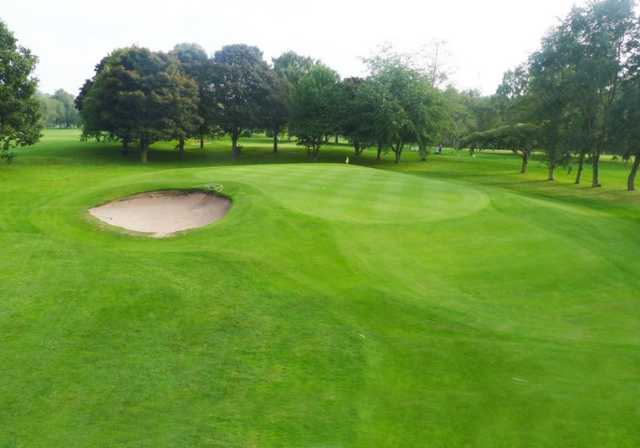 The approach to the 16th hole, Oxley Park Golf Club