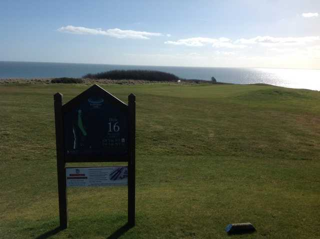 The 16th tee box at Bridlington Links