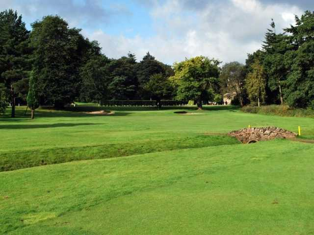 A tough looking approach shot on the Keir Course