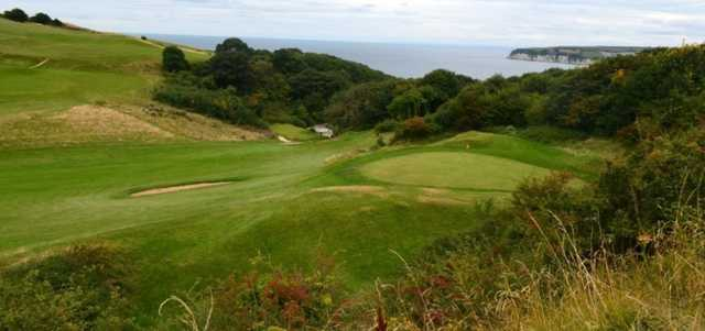 Scenic view of 7th green at Axe Cliff Golf Club